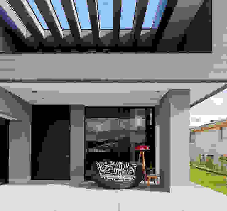Casa Vale dos Cristais Casas modernas por LEDS Arquitetura Moderno