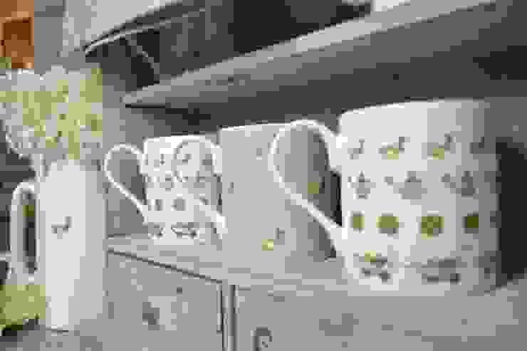 Co-ordinated garden range of kitchen essentials: classic  by Tina Bucknall, Classic