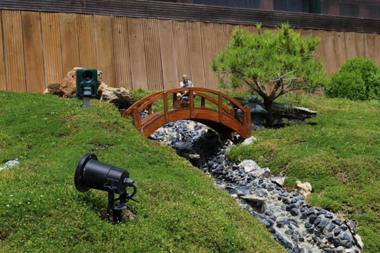 Gleen Tay Jardin moderne par SAS Glenn Tay Paysagiste Moderne