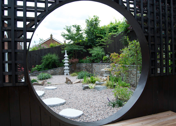 The view through the moon gate Asian style garden by Lush Garden Design Asian