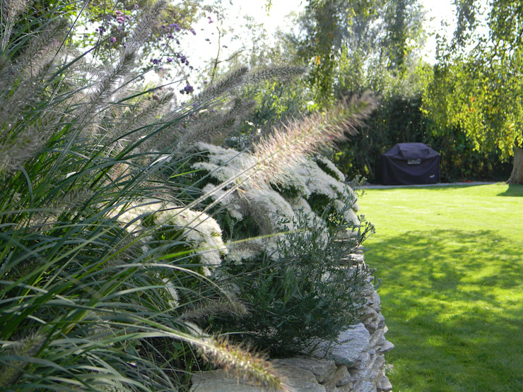 Sympathetic design for a large family garden by Westacott Gardens