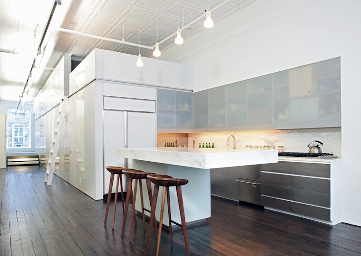 Greene Street Loft Industrial style kitchen by Slade Architecture Industrial