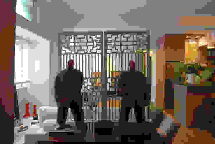 Stefano Tordiglione Design Ltd Asian style corridor, hallway & stairs