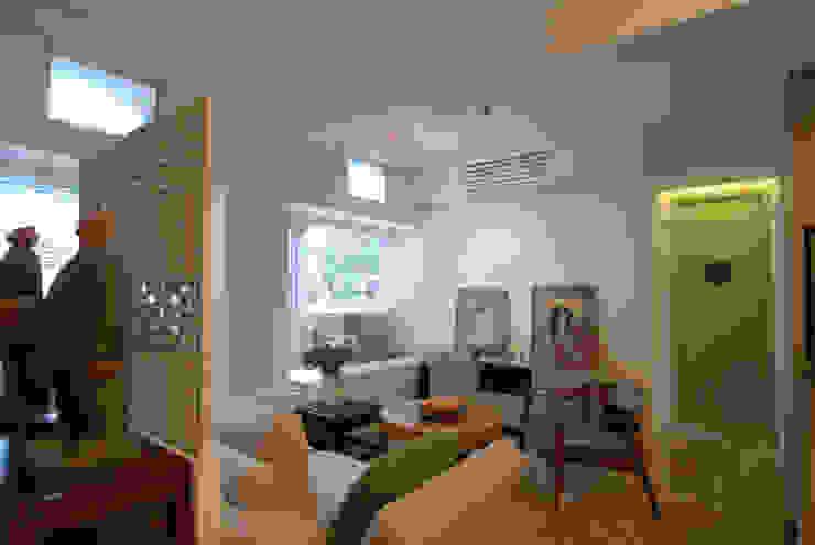Stefano Tordiglione Design Ltd Asian style living room