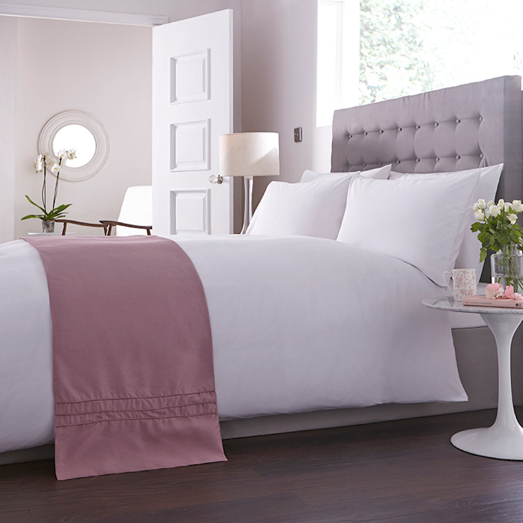 Charlotte Thomas Anastasia Bed Runner in Dark Pink: classic  by We Love Linen, Classic