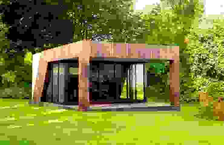 Large veranda style garden gymnasium Modern garden by The Swift Organisation Ltd Modern