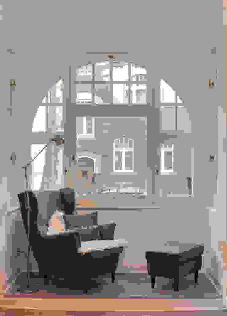 Salon classique par 28 Grad Architektur GmbH Classique