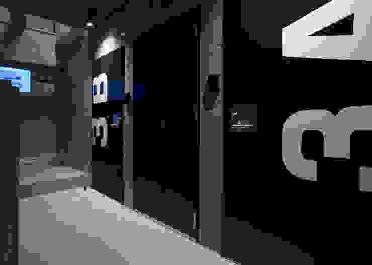 DLM モダンスタイルの 玄関&廊下&階段 の ZOYA Design Office モダン