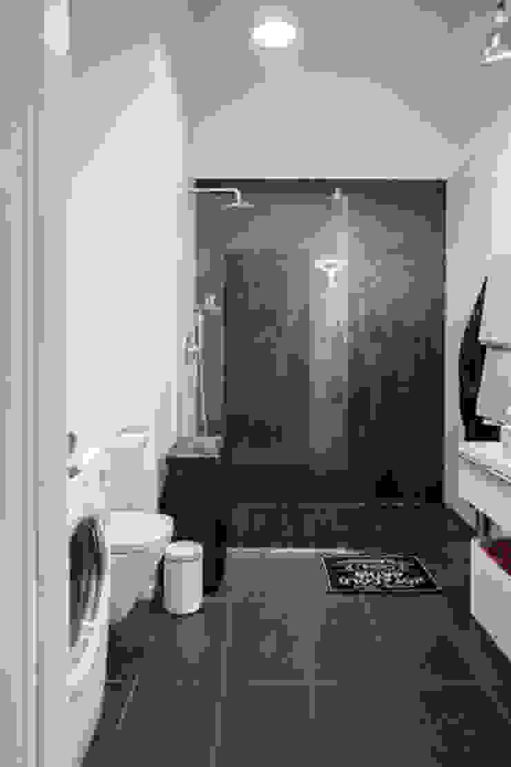 Loft w Łodzi Nowoczesna łazienka od I Home Studio Barbara Godawska Nowoczesny