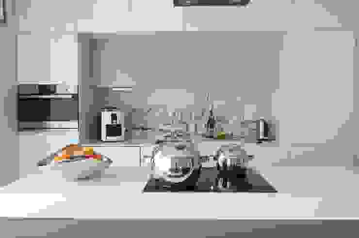 Apartament na Grzybowskiej_ Warszawa: styl , w kategorii Kuchnia zaprojektowany przez I Home Studio Barbara Godawska,