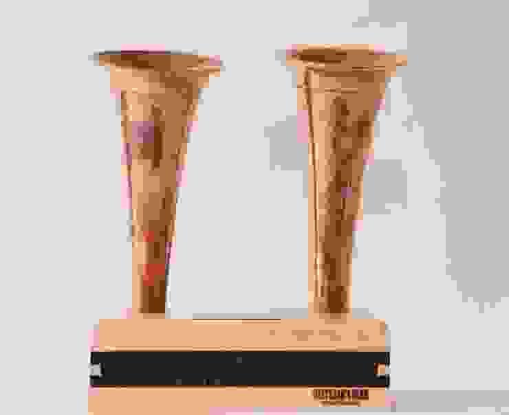 Double Canadian Hunting Horn iPhone:  Slaapkamer door Baltazar's Barn,