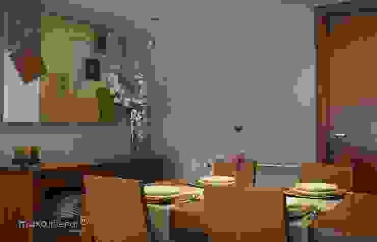 muxo Studio Modern dining room