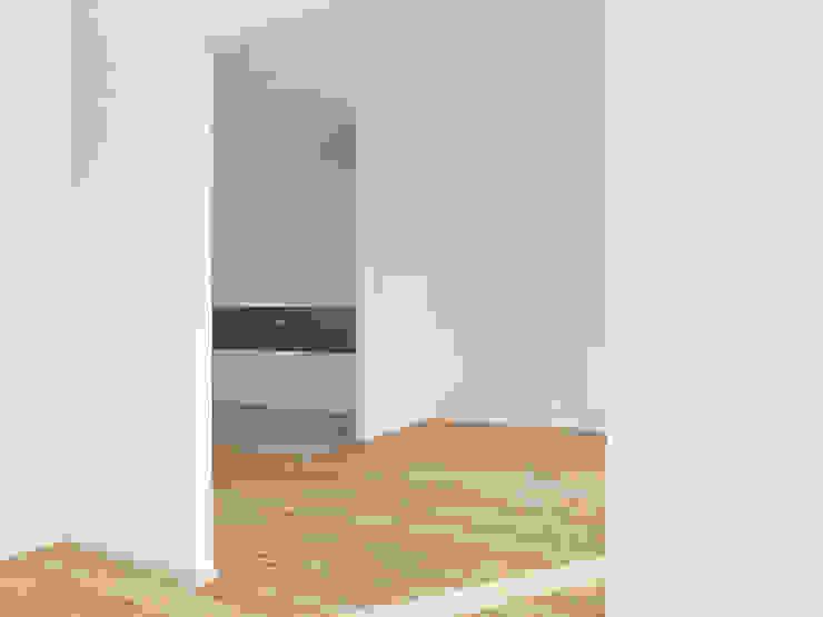Trennwände Minimalistische Wohnzimmer von quartier vier Architekten Landschaftsarchitekten Minimalistisch