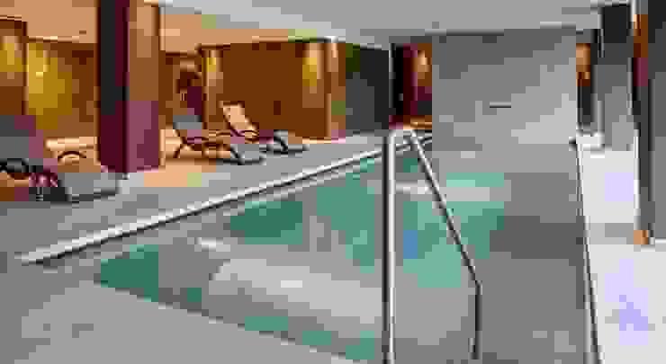 Grand Hotel Courmayeur Mont Blanc, Courmayuer Modern hotels by Studio Simonetti Modern