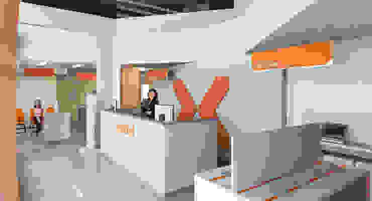Nextel Lojas & Imóveis comerciais modernos por Logi Arquitetura Moderno