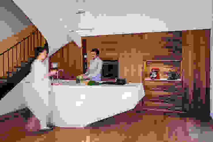 Charlotte Raynaud Studio Cucina moderna