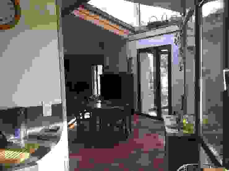 Modern style kitchen by eco-designer Modern