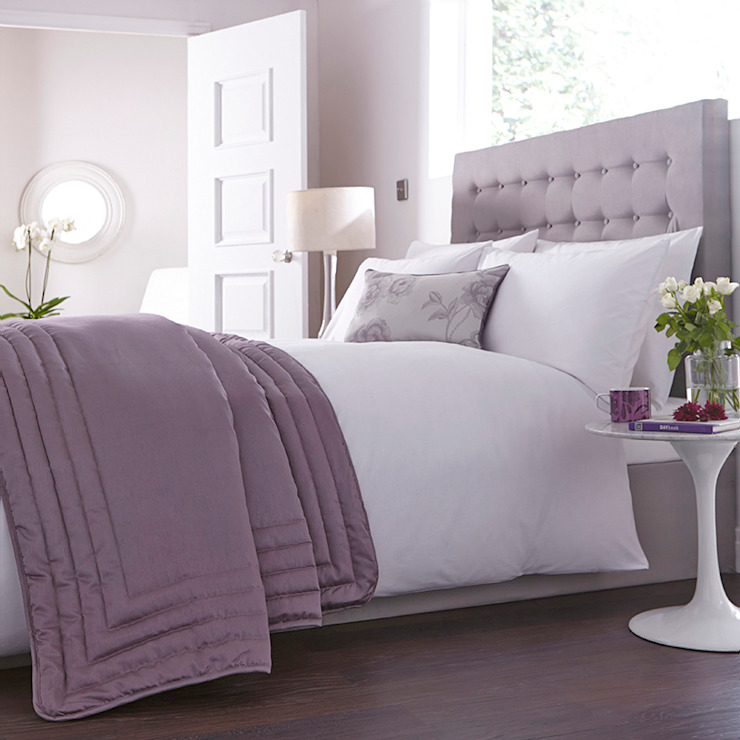 Charlotte Thomas Antonia Bed Throw in Light Purple: classic  by We Love Linen, Classic