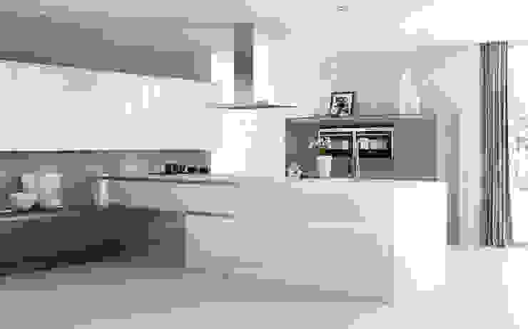 Luxor White High Gloss with Roxbury Smoked Oak: minimalist  by Sigma 3 Kitchens, Minimalist