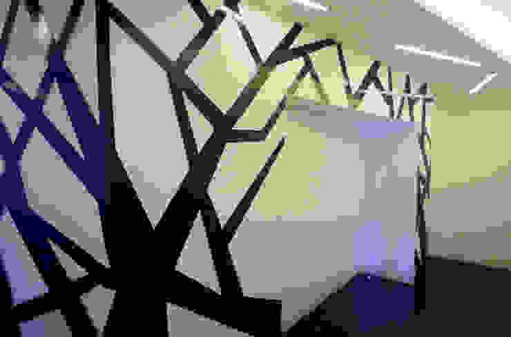 casa Pannella raffaele iandolo architetto Pareti & PavimentiDecorazioni per pareti