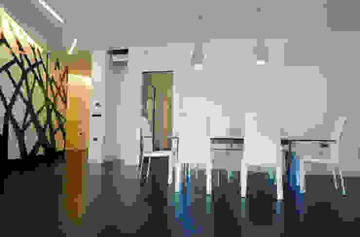 casa Pannella raffaele iandolo architetto Sala da pranzo moderna