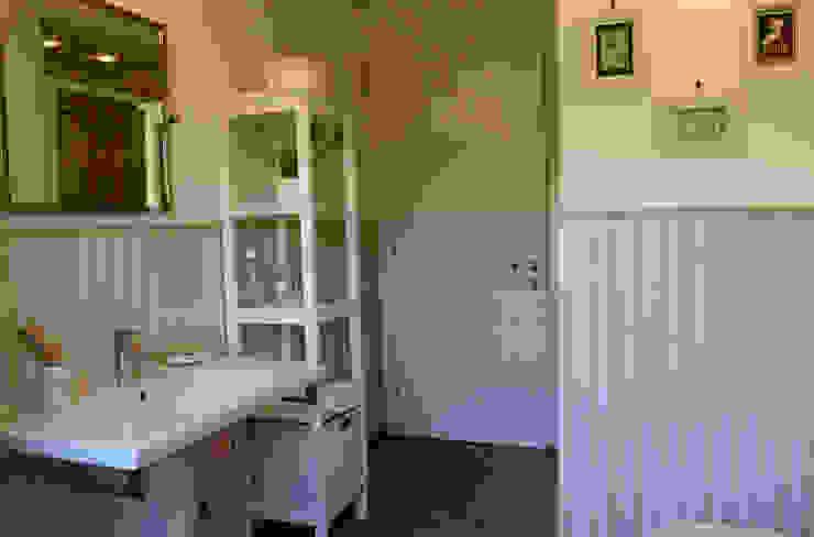 Studio di Architettura Zuppello Rustic style bathroom