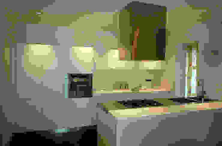casa Pannella raffaele iandolo architetto Cucina moderna