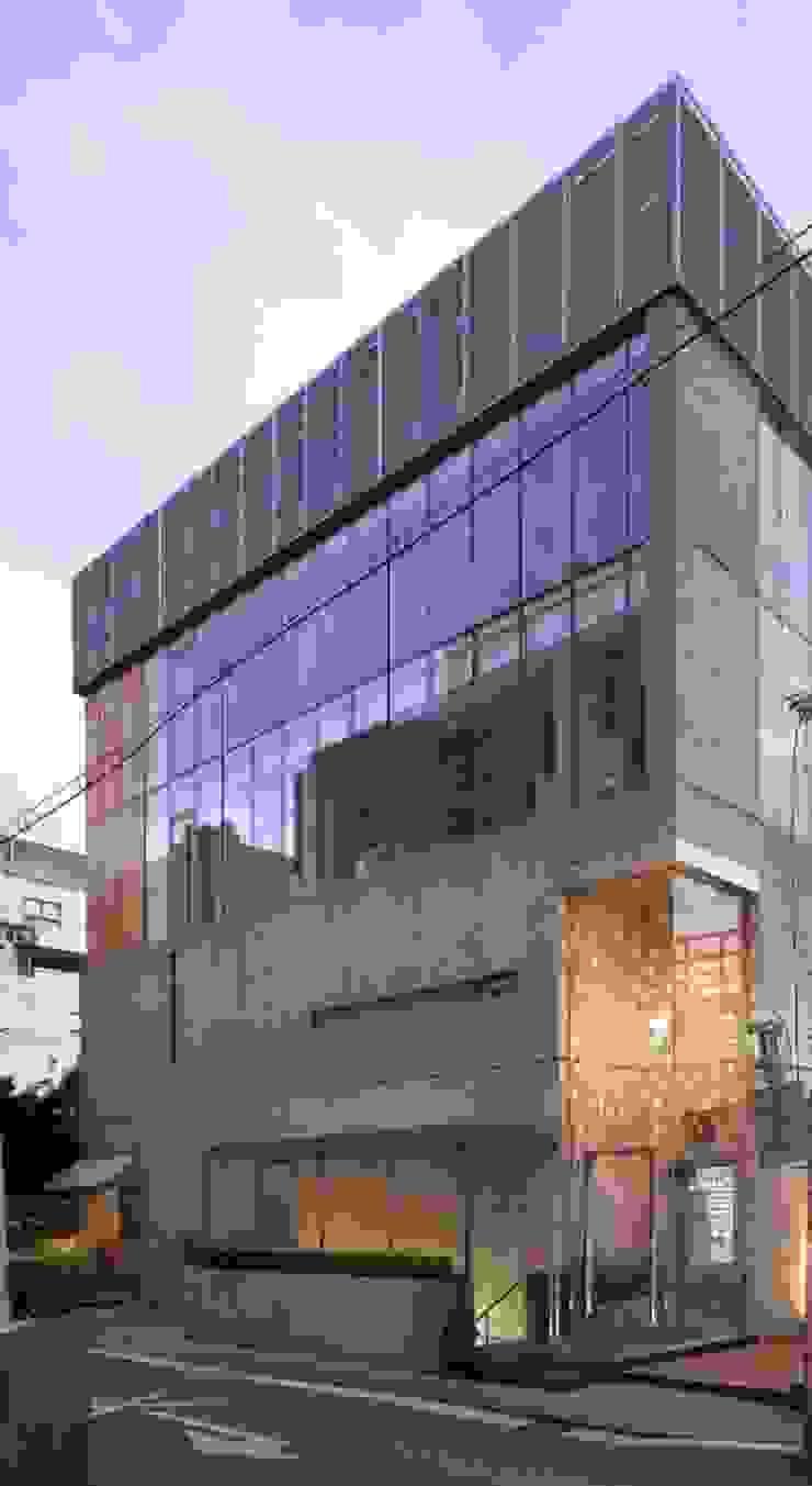 SIYOON BLDG (시윤빌딩) 청담 by Teamsmart 이호중 모던