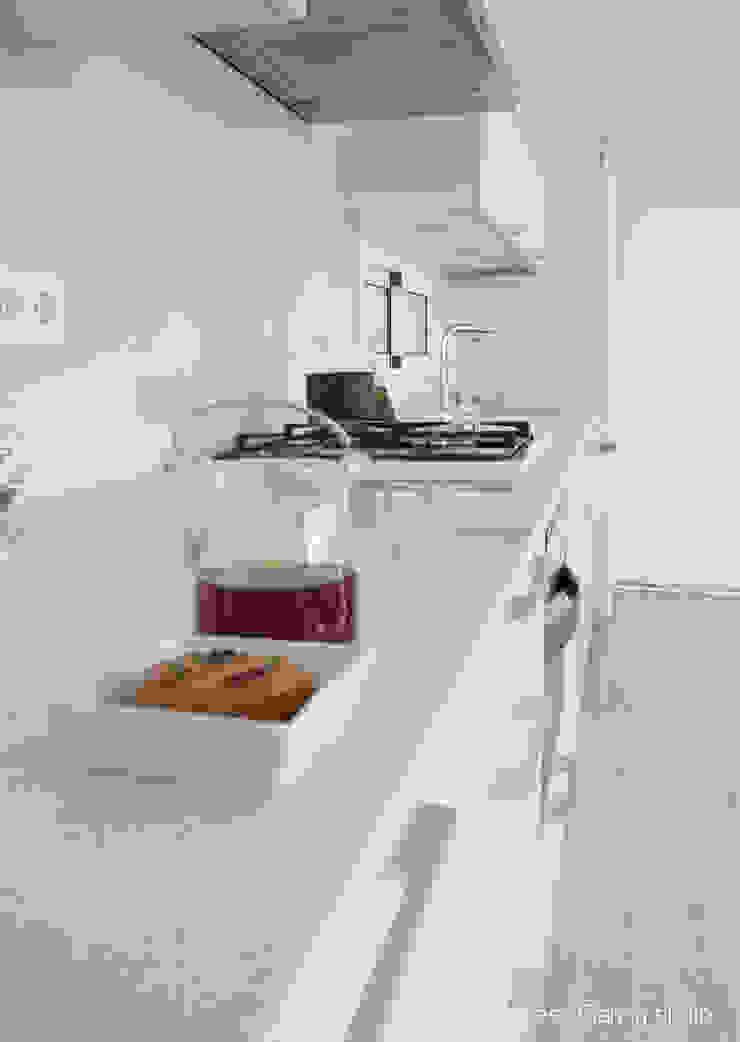 Encimera Silestone Cocinas de estilo moderno de Nivell Estudi de Cuines, S.L Moderno