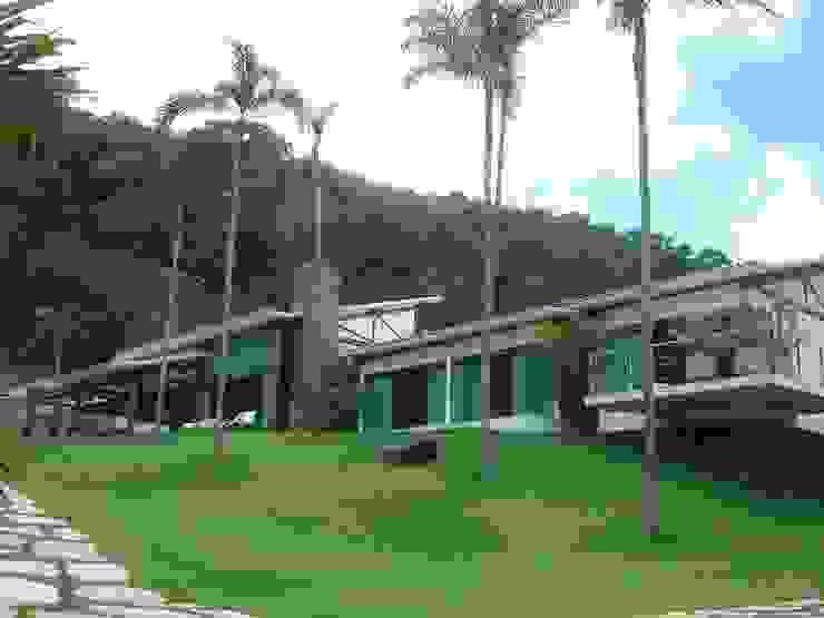 Residência TF Casas modernas por Mascarenhas Arquitetos Associados Moderno