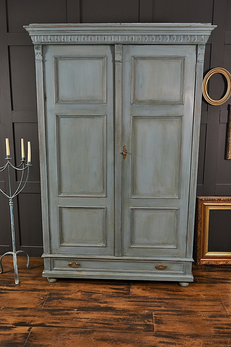 Large Shabby Chic  Blue Antique Wardrobe : classic  by The Treasure Trove Shabby Chic & Vintage Furniture, Classic