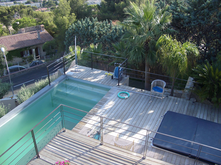 Des terrasses Piscine moderne par Vanessa Cottin Moderne