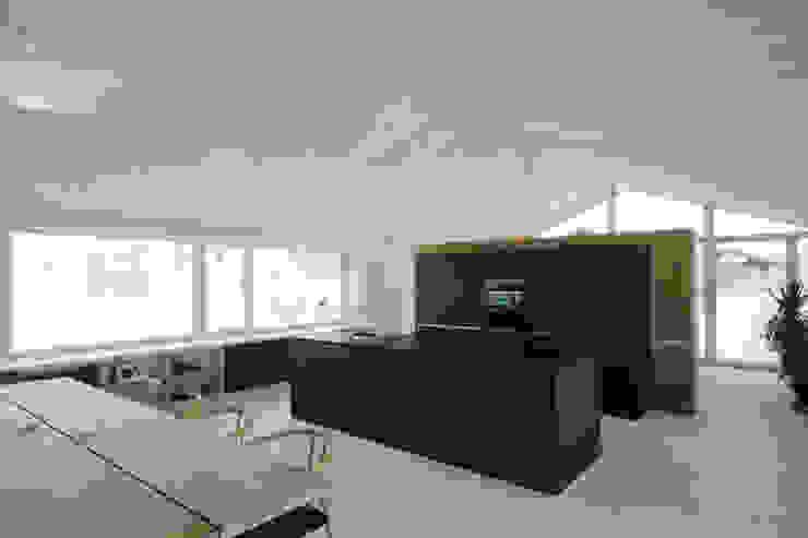 Kitchen by Arc Architekten Partnerschaft