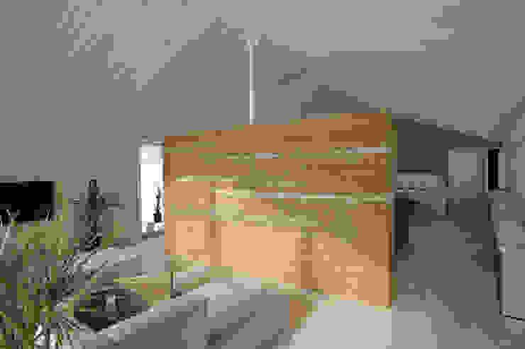 Stampflehmwand Ausgefallene Wohnzimmer von Arc Architekten Partnerschaft Ausgefallen
