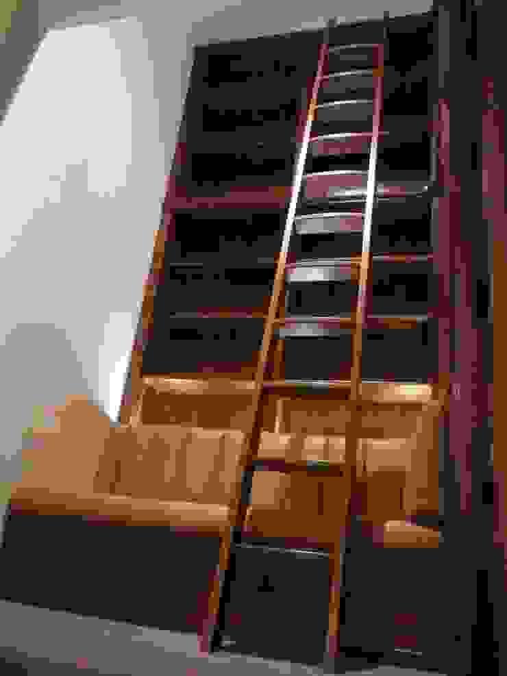 Walnut Ladder: modern  by Simon Rickles Cabinet Making Ltd., Modern