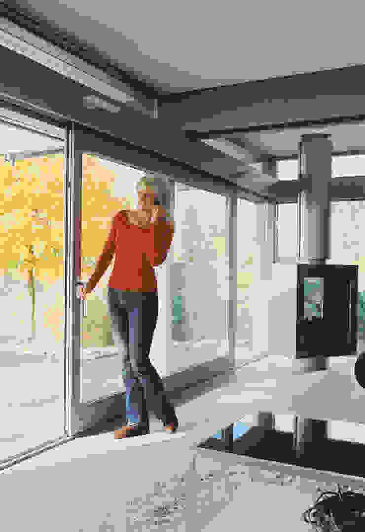 HS Portal Lift & Slide Door Hardware Modern windows & doors by Coastal Joinery Hardware Modern