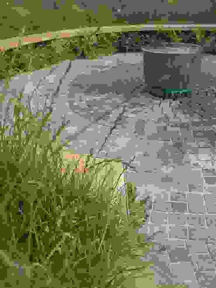 'the ripple' - contemporary public landscape Claire Potter Design Modern commercial spaces