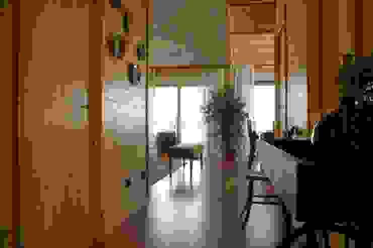 Casas Natura Koridor & Tangga Modern