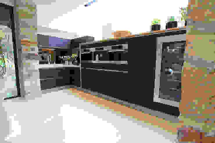 Luxury kitchen extension LWK London Kitchens 現代廚房設計點子、靈感&圖片