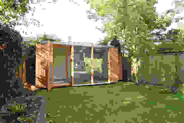 exterior Modern garden by 3rdspace Modern