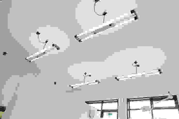Interior Projects Minimalistische kantoorgebouwen van Blom & Blom Minimalistisch