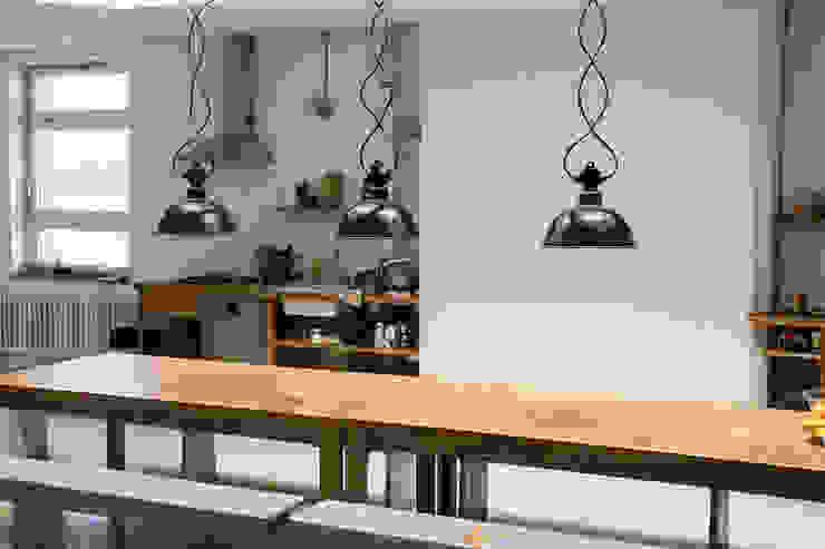 Interior Projects:  Eetkamer door Blom & Blom, Industrieel