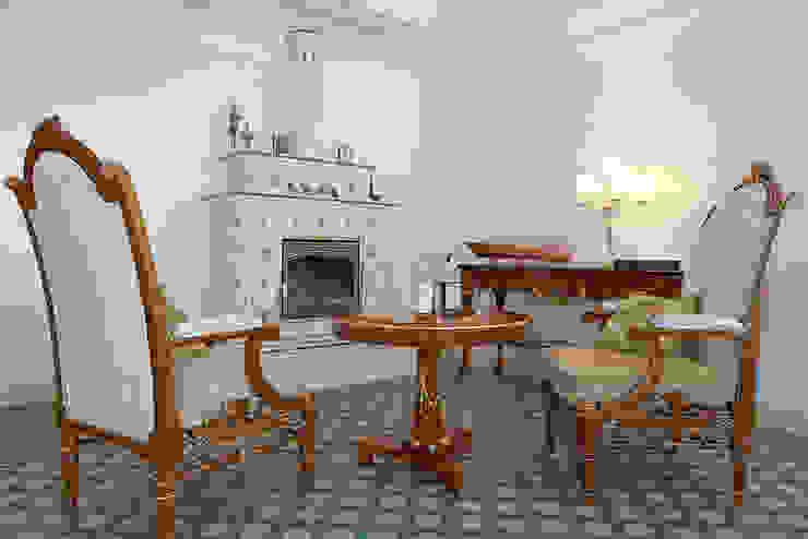 Гостиная Гостиная в классическом стиле от ODEL Классический