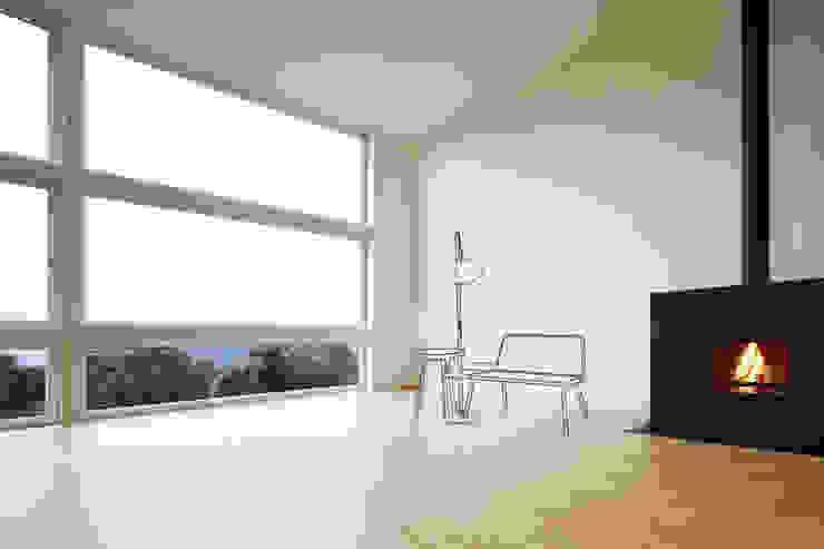 «GINA, MONI & FRANK» – Szenerie Mizko Design WohnzimmerSofas und Sessel