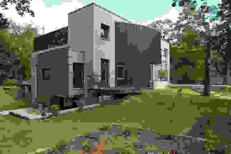 willa w aninie: styl , w kategorii Domy zaprojektowany przez Marek Rytych,Nowoczesny