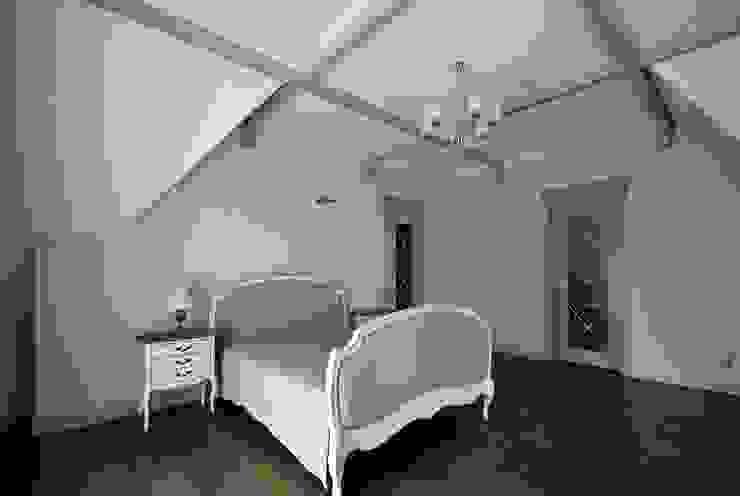 дом в колониальном стиле Спальня в колониальном стиле от freelancer Колониальный
