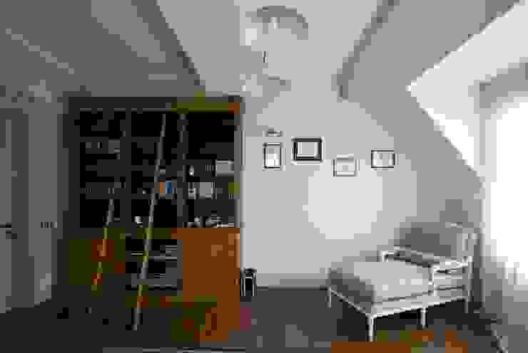 дом в колониальном стиле Рабочий кабинет в колониальном стиле от freelancer Колониальный
