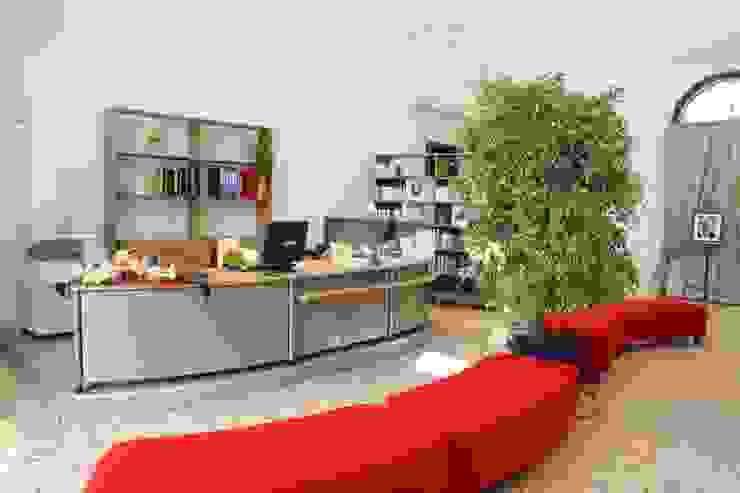 Nuova BIblioteca di Isola Viocentina in Villa Cerchiari di Giuseppe Maria Padoan bioarchitetto - casarmonia progetti e servizi Moderno