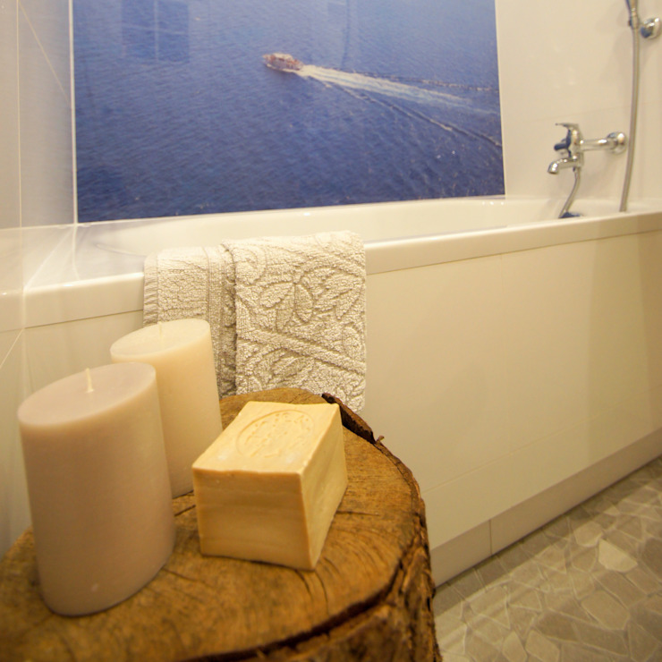 Łazienka z widokiem na morze Śródziemnomorska łazienka od Aleksandra Jaros Pracownia Architektury i Wnętrz Śródziemnomorski