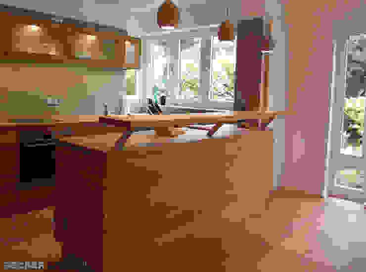 BECKER INTERIORS Modern Kitchen
